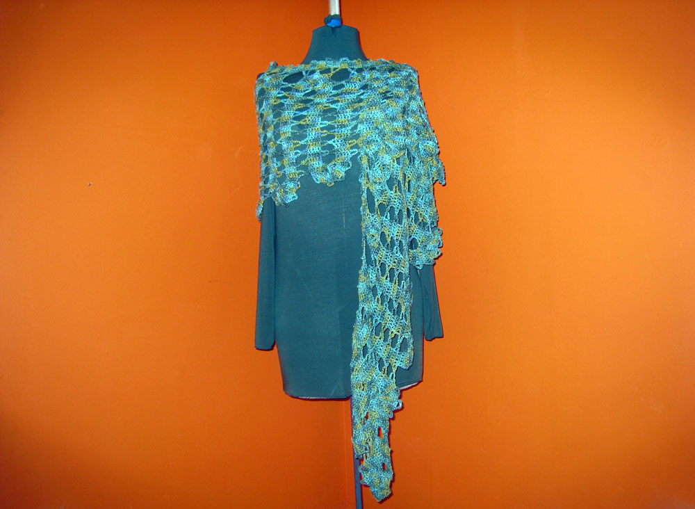 Water From A Vine Leaf Shawl