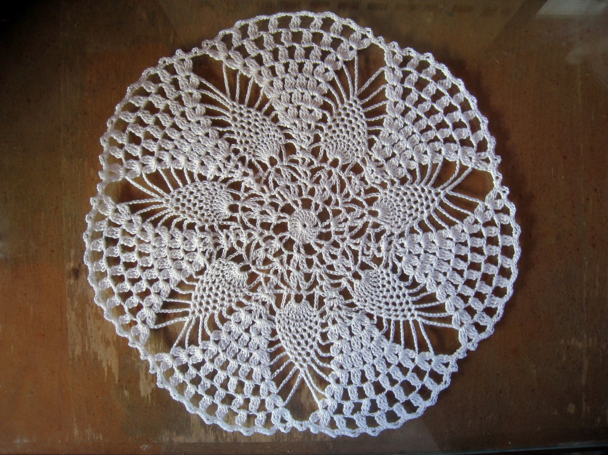 Pineapple Princess Doily