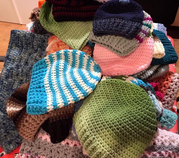 El Segundo Slipt Stitchers Charities' Donations